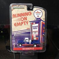 Greenlight | 1:64 Running on Empty Series 7 - 1968 Chevrolet C-10 | Brand New