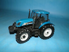 Britain New Holland Ts135 Tractor Die Cast