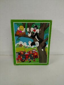1980 Whitman Looney Tunes Tweety Bird & Sylvester Jigsaw Puzzle 99 Pieces 10x13