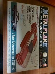 Revell Metalflake Valiant V-200 1/25 Scale Model Kit