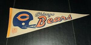 VINTAGE 1970s Chicago Bears Pennant 30 X 12 Collectible NFL Football