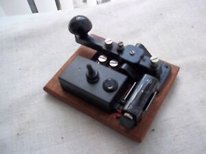 Morse Code/ Telegraph   practice set .....with a Military  morse code key ....