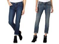 Calvin Klein Womens Slim Boyfriend Jeans