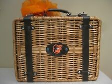 New listing Orioles Picnic Time Windsor English Style Picnic Basket service for 2