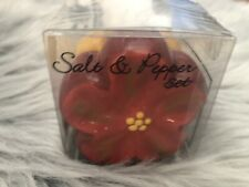 Island Heritage Handmade Ceramic Hibiscus Salt & Pepper Shaker Set NIB Vintage