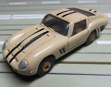 für H0 Slotcar Racing Modellbahn -- Ferrari GT mit T-Jet Motor + 8 neue Reifen