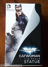 DARK KNIGHT RISES CATWOMAN STATUE. 1:12 SCALE. 7 INCHES COLD CAST PORCELAIN. NIB