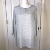 Violet & Claire Woman's Gray Lace Pattern Tunic Top Shirt Blouse  Size 1X