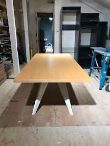 Vitra Jean Prouve EM Table Natural Oak & Off White Enamel Legs