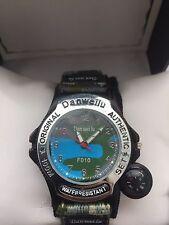 Dan Wei Lu  Army  Analogue Quartz Compass Arabic Dial  Watch