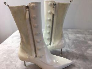 ALEXANDER MCQUEEN Button Pointy Toe Boot Size US 10, EU 40  Runs Small