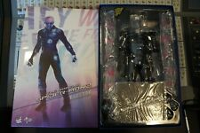 Hot Toys Spider-Man Electro 1/6 figure + Exclusive Promo journal + 13 Postcards