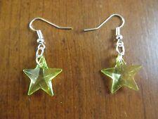Boucles d'oreilles argentées étoile verte 19x19 mm