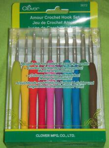 Clover Amour Crochet Hook Set 3672