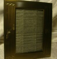 """NWOT Vintage-Style Gold-Tone Photo Frame Holds 3""""x 5"""" Picture Free-Standing  L21"""