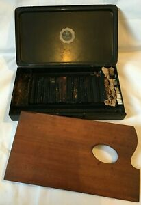 Vintage Reeves & Sons London Artists Metal Box Tin with Wooden Pallet