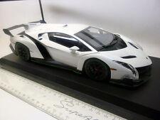 CO9501WG Kyosho 1:18 Lamborghini Veneno weis - grün