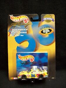 Hot Wheels Pro Racing 1998 Ernie Irvan M&Ms Nascar.