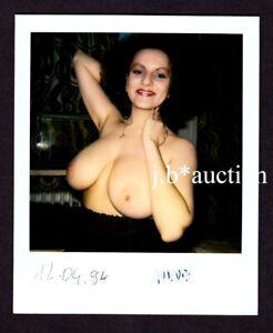 FRÖHLICH, STOLZ & NACKT / AKTFOTO * POLAROID Schnappschuss von 1994