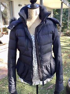 Gorgeous Burberry Sport Ladies Puffer Jacket Size Au12 Black