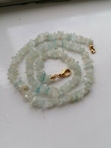 BRAND NEW PALE GREEN AGATE STONE NECKLACE