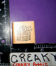 GIFT BOX BOW RUBBER STAMP DELAFIELD CHRISTAMS BIRTHDAY C242