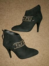 B. Makowsky: Black Leather Holly Stiletto Ankle Booties - Women's Size 8M - NEW