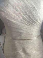 Ivory White by Vera Wang Size 2 Wedding dress