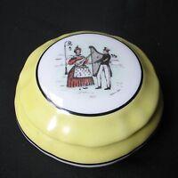 Boîte Bonbonnière Ancienne en Porcelaine de Limoges Singer Décor signé Grey