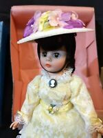 """MADAME ALEXANDER DOLL DAISY 10"""" Portrettes Series 1110 w/ Box Stand Hat Vintage"""