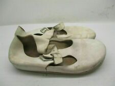 BIRKENSTOCK Women's Size 8 Comfort Ankle Strap White Leather Slippers