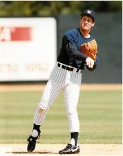 Steve Sax Unsigned New York Yankees Glossy 8x10 Photo US#515