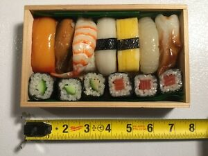 SUSHI KENZAN 13 Piece Display Prop Plastic FAKE FOOD Fish Rolls with Wooden Box