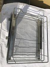 Schubladenauszug mit Korbeinsatz für Wohnwagen / Wohnmobile