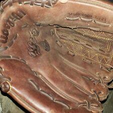 Wilson A800 ball glove