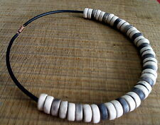 Necklace pearls raku white  collier perles roues ceramique raku blanc noir