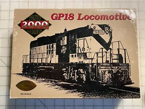 Life-Like Products HO Two Engine Set Northern Pacific