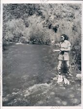 1937 Idaho Trail Creek Elanor Scott Fishing for Rainbow Trout Press Photo