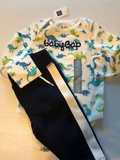 New Baby Gap Boy's 6 12 Months Outfit Fleece pants Bodysuit Dinosaurs L/S Logo