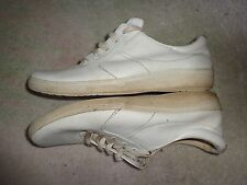 GRASSHOPPERS WHITE  SHOES WOMENS SIZE 9 M