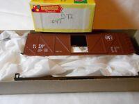 HO TRAIN ROUNDHOUSE 40' OUTSIDE BRACED BOXCAR KIT DETROIT TOLEDO & IRONTON DT&I