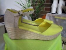 Toms woman wedge yellow shoes size 11W