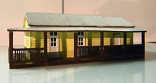 Ho scale Warrick Station office building (Kit)