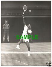 ORIGINAL PRESS PHOTO WIMBLEDON 1962 INDIA TENNIS STAR NARESH KUMAR v ROD LAVER