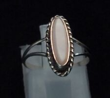 White Mop 1.5g - Ring 4.5 Vintage Sterling Silver - Navajo Roped