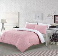 NightComfort Pink & White Geometric Design Duvet Cover Set With Pillowcases