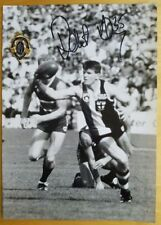 1997 ROBERT HARVEY ST KILDA HAND SIGNED B&W PHOTO & FREE REPLICA BROWNLOW MEDAL