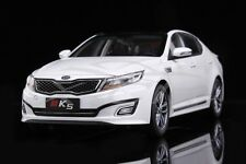 Diecast Car Model KIA K5 2015 1:18 (White) + GIFT!!