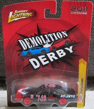1:64 Johnny Lightning Demolition Derby '77 Dodge Monaco WHITE LIGHTNING