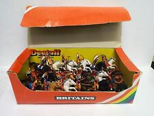 BRITAINS DEETAIL 7549 TRADE BOX OF 18 X MOUNTED APACHES / INDIANS MIB (BS1741)